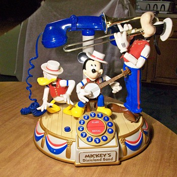 Mickey's Dixie land band