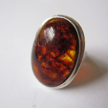 Amber oval ring marked PK.L - Fine Jewelry