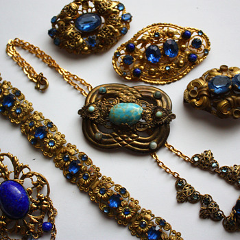 Feeling blue - Costume Jewelry