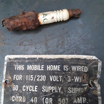 a couple more roadside 'finds' - Tools and Hardware