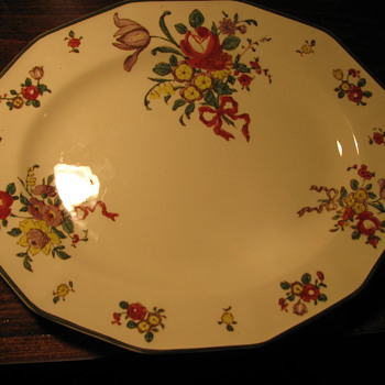 Royal Doulton 10 inch Dinner Plate Around 1912