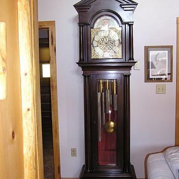 1906 Daniel Pratt's Son, Hall Clock - Clocks