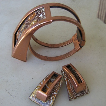 1950's Fenestra Matisse-Renoir enamel bracelet & earrings - Costume Jewelry