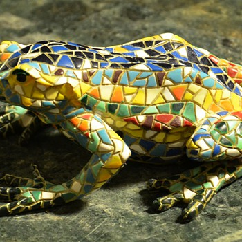 'Cloisonne' Frog - actually i think he's a resin of some kind - Animals