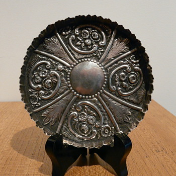 STERLING REPOUSSÉ TRAY 1887 LONDON - Silver