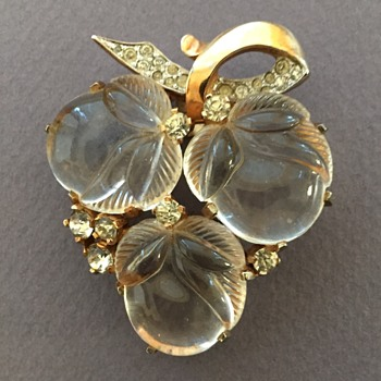 Mazer Triple Acorns Jelly Belly Fur Clip with Rhinestones - Costume Jewelry