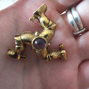 Brooch Pick N' Mix - Costume Jewelry