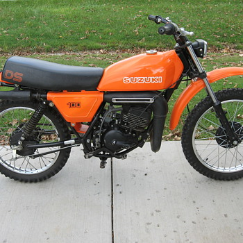 1979 Suzuki DS100 enduro - Motorcycles