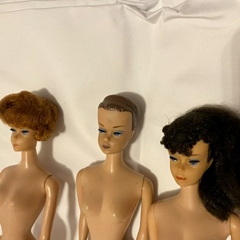 Vtg Barbies -  new pics - Dolls
