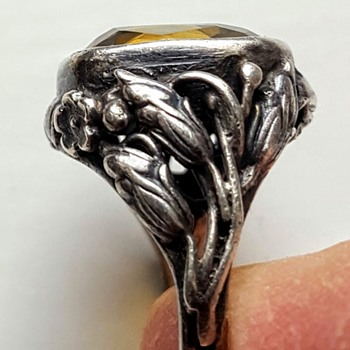 Arts and crafts silver, citrine, double shank ring.