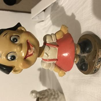 VINTAGE BOBBLEHEAD CARTOON CHARACTER? - Figurines