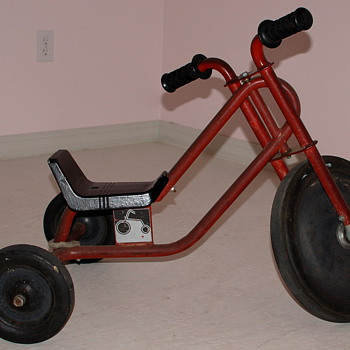 Low-Rider Tricycle 1 - Sporting Goods