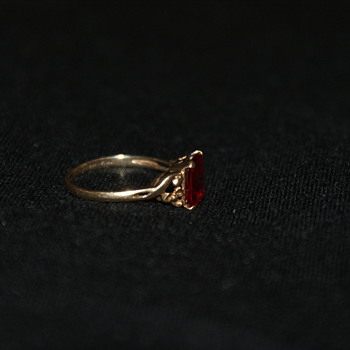 10K Natural Ruby Vintage Ring - Fine Jewelry