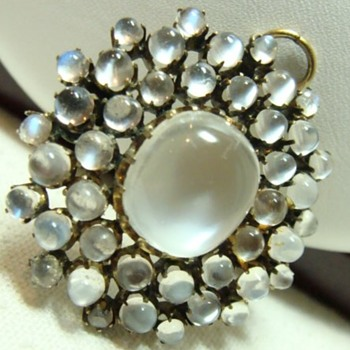 Antique Moonstone Cluster Brooch/Pendant - Fine Jewelry