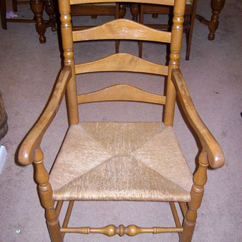 """Set of maple chairs with """"basket weave"""" type seat - Furniture"""