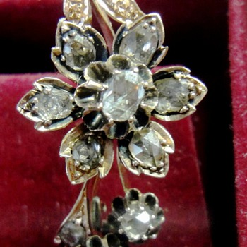 Victorian Pink Rose Gold  (14K) rose cut diamond Flower Brooch - Fine Jewelry
