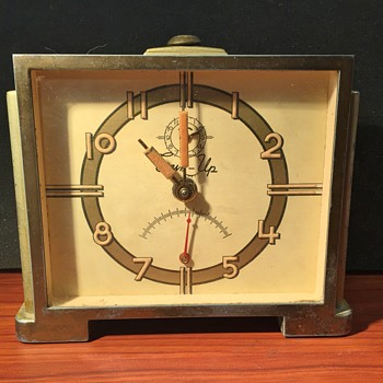 Lux Sun Up Alarm Clock - Clocks