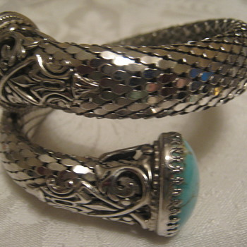 Mesh Silver Tone Bracelet w/Stones - Costume Jewelry