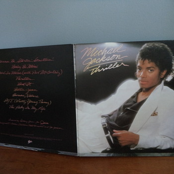 MICHAEL-JACKSON-THRILLER-VINYL-LP-RECORD