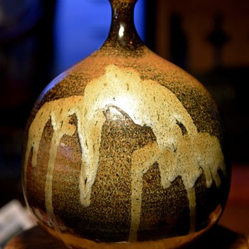 Very large Weed Pot - unsigned - Pottery
