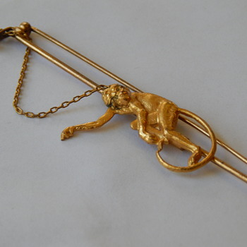 Napier Monkey Br0och pin