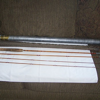 Vintage South Bend ''CROSS DOUBLE BUILT'' Split Bamboo Fly Rod 9' - (3/2)