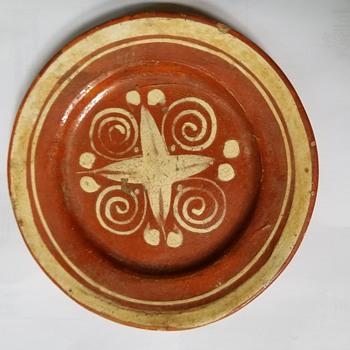 Pottery dish, Native American? - Pottery