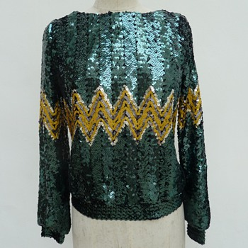 Vintage Gina Bacconi sequins blouse need help with dating