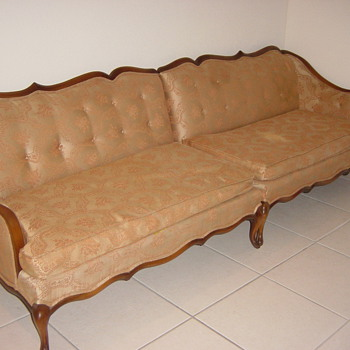 Is this an antique? - Furniture