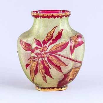 unknown Art Nouveau vase