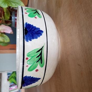 bowl- Petrus Regout - Pottery