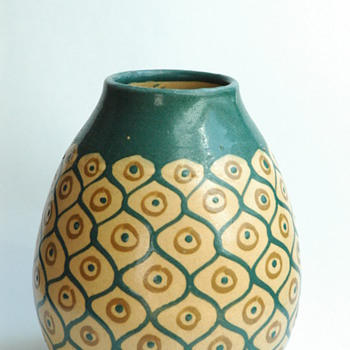 "art deco pottery model ""ananas"" by LEON ELCHINGER - Art Deco"