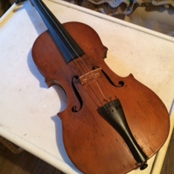 Violin passed down from my grandfather - Musical Instruments