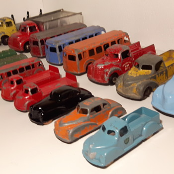 Group Photo of Londontoy Collecton with Fire Truck - Model Cars