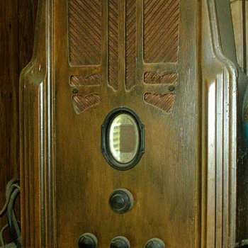 My Favorite Antique Radio - Radios