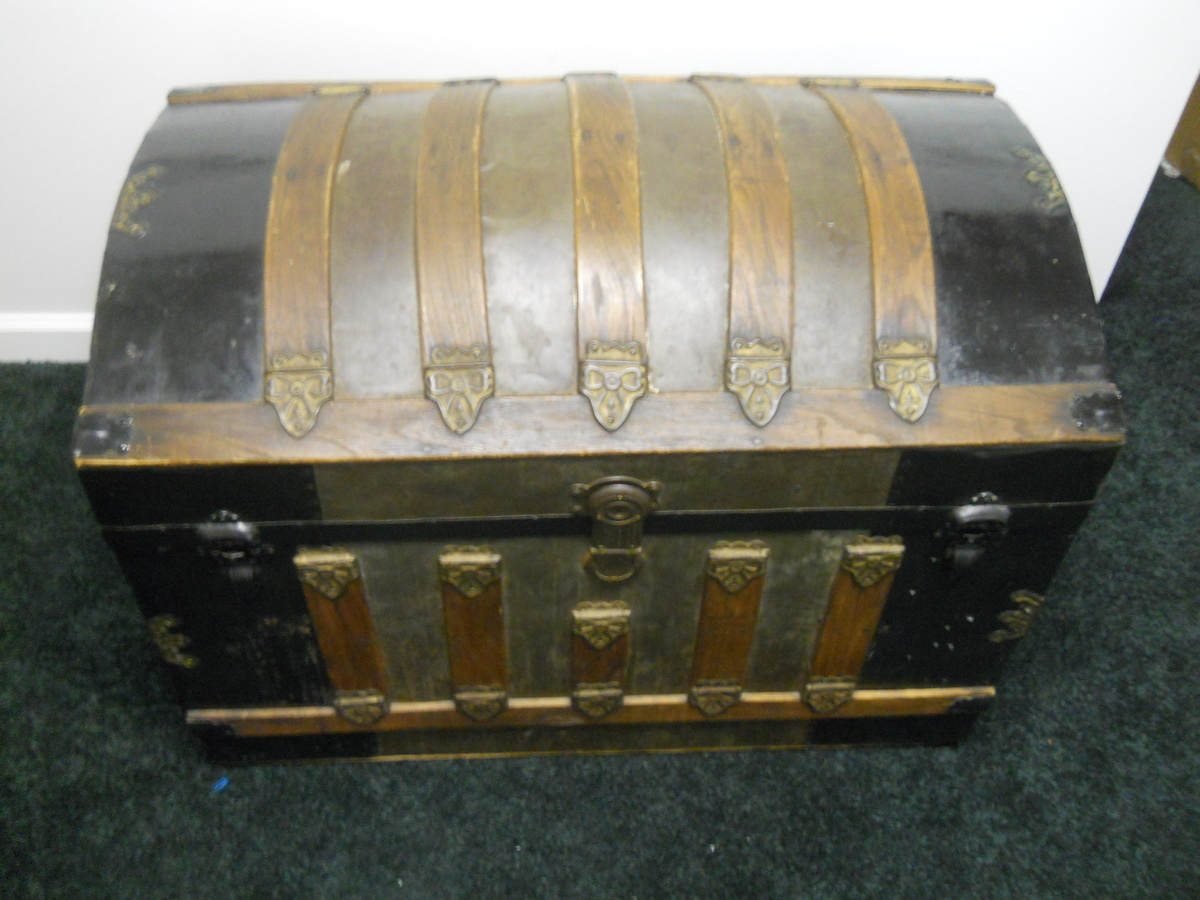 Antique Chest | Collectors Weekly