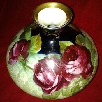 Hand painted vase - Victorian Era