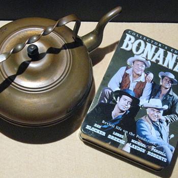 'Bonanza'  .  .  .  1800's Copper Teapot - Kitchen