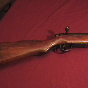 WW II Japanese Type 99 Rifle with Bayonet  - Military and Wartime