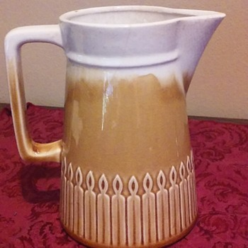 white and gold glazed ceramic pitcher, JAPAN