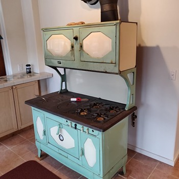 Awe Inspiring Antique And Vintage Stoves Collectors Weekly Download Free Architecture Designs Itiscsunscenecom