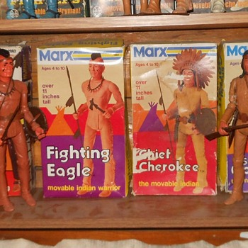 Marx Johnny West Chief Cherokee Fighting Eagle Mod Boxes - Toys