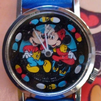 Bradley Mickey and Minnie Dual Nodder 1980 - Wristwatches