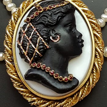 Antique blackamoor lady glass cameo pinchbeck slide. Kyratised! - Costume Jewelry