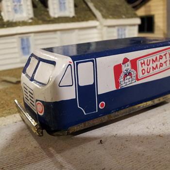 Japanese Tin Humpty Dunpty Chips Van