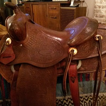 Vintage Custom Western Saddle  by Frank Vela Floresville Texas 1950's  - Sporting Goods