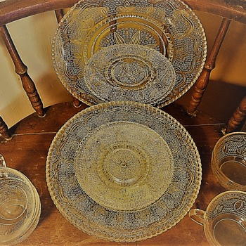 Federal Glass Heritage Collection