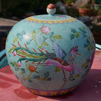 Nonya Straits / Peranakan Chinese Tweetie - large ginger jar? - Asian