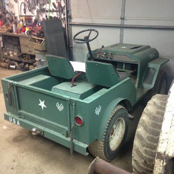 """Jeep Model """"60""""  - Tractors"""