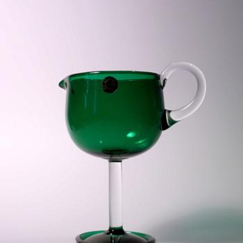 Nanny Still Creamer Harlekiini green - Art Glass